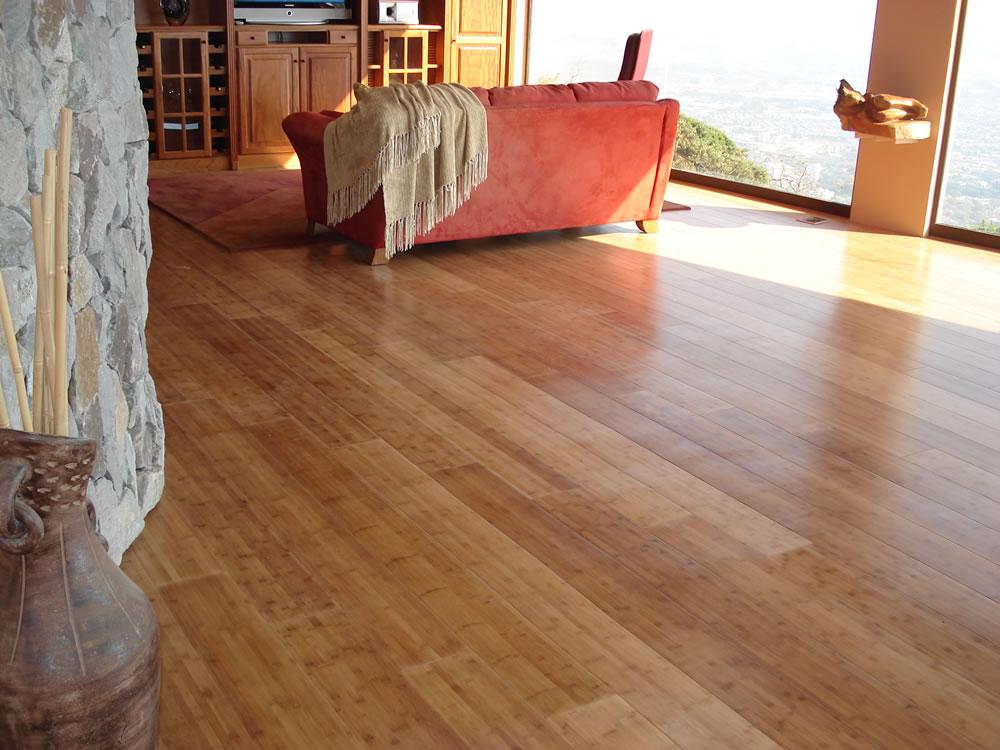 Piso de Bambú, Piso flotante de Bambú, Piso flotante de madera de Bambú, Pisos de Bambú, pisos de madera, piso de madera, Bambú carbonizado, piso bambú carbonizado, revestimiento elegante, Piso de Bambú Quito, Pisos de Bambú Quito,